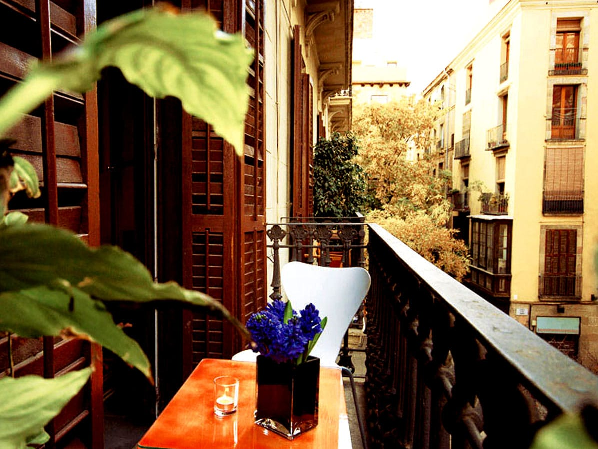 Hoteles con encanto en barcelona tucan store for Hoteles con habitaciones cuadruples en barcelona