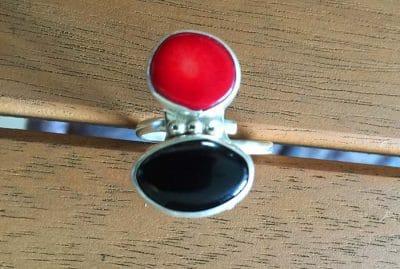 anillo onix y coral