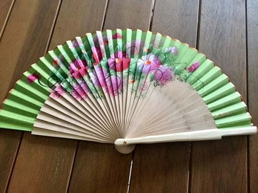 Abanico verde con flores regalos tienda online de decoración