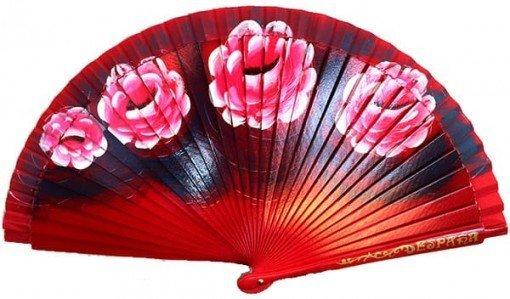Abanico rojo con flores grandes