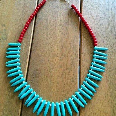 Collar turquesa y coral rojo