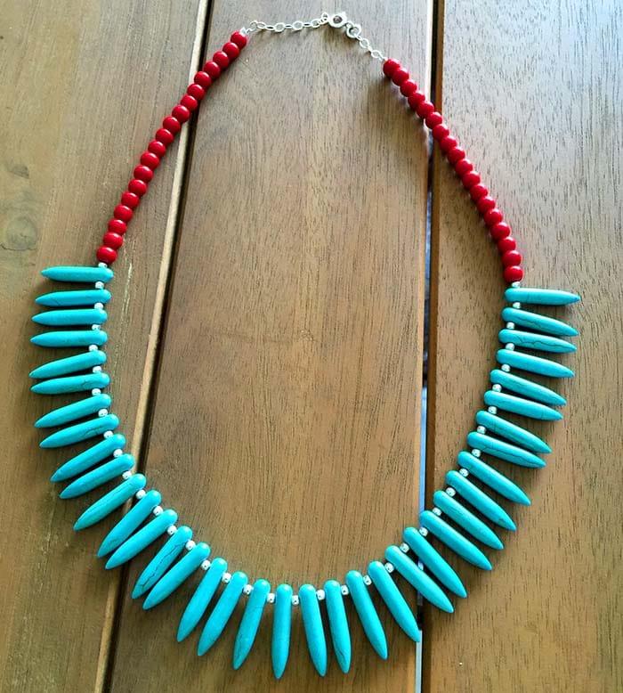 Collar turquesa y coral rojo 1