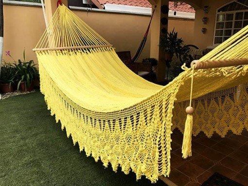 Hamaca amarilla bordado lujo