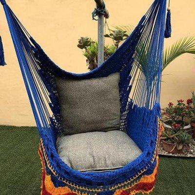 silla hamaca azul y colores