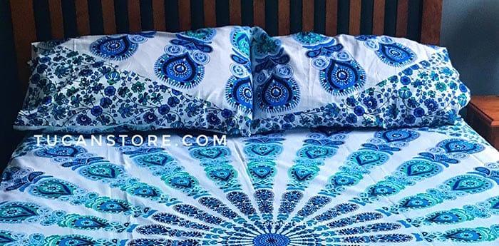 fundas de almohada azul y verde tienda de decoración